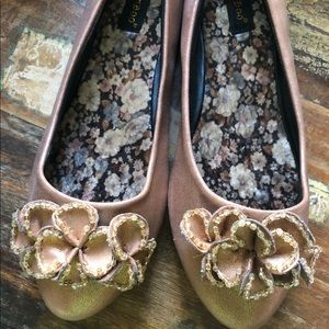 Bamboo flats size 8